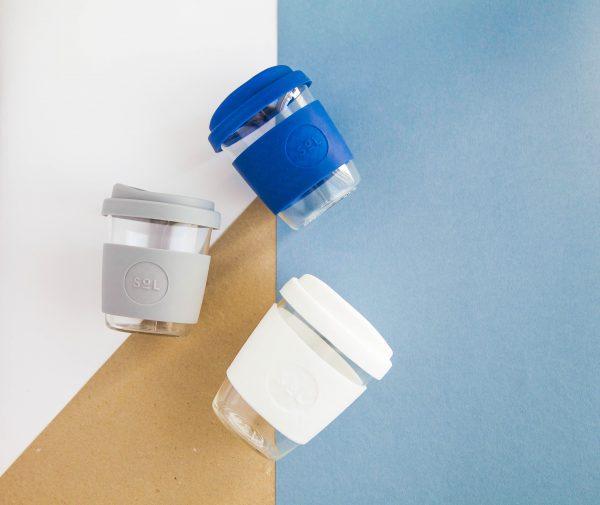 Nachhaltige mundgeblasene Kaffee-To-Go Becher ohne Plastik und Chemikalien